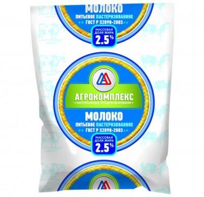Молоко Агрокомплекс 0,9л 2,5%_0