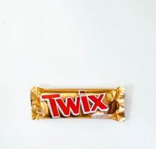 Шоколадный батончик Твикс 55г